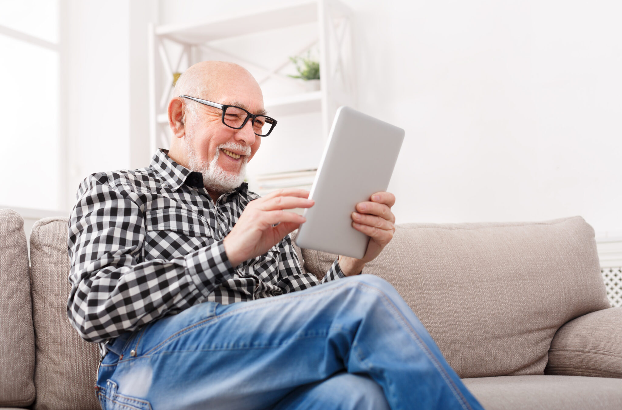 ORAL HEALTH AND THE RATE OF COGNITIVE DECLINE